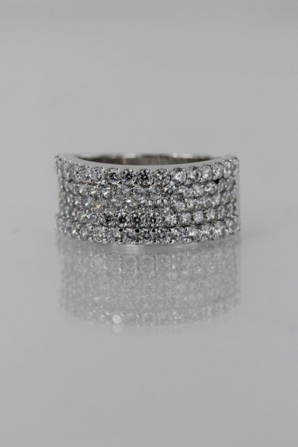 Pavement CZ Ring
