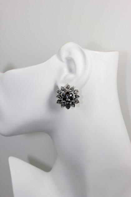 clip-on earring