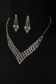 Ice cube necklace set