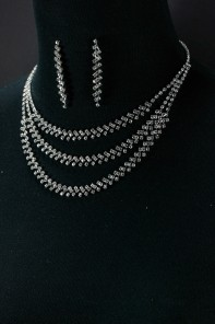 3 line elegance necklace set