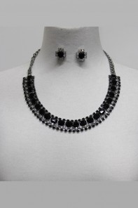 Roundy crystal stone necklace set