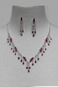 Raindrop Rhinestone Necklace