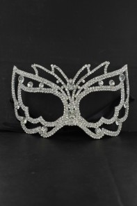 Simple rhinestone mask