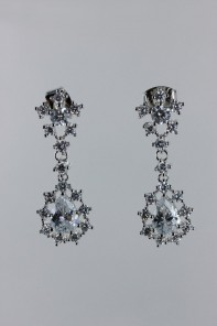Sha mini pear dangle cz earring