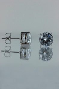 8MM AAA Quality CZ Earring