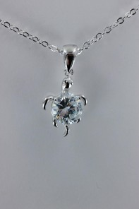 Turtle CZ pendant with AAA Grade