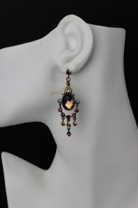 Victoria Style Stud Earring
