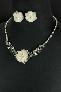 Flora Necklace