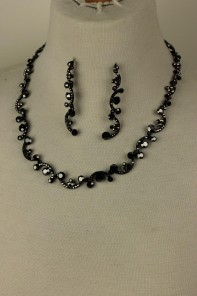 Wholesale Famous Nekclace Set