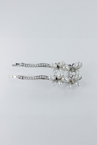 Two pearl butterfly hair pin