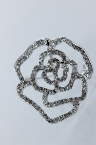 Rose brooch for wedding event