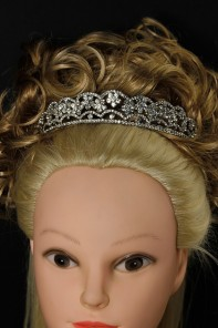 Bail headband tiara