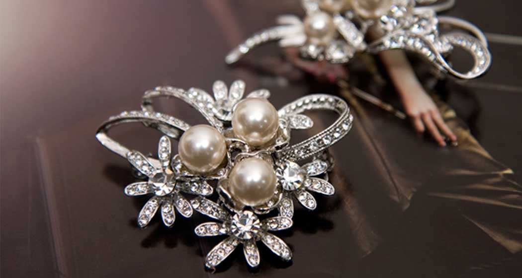 wholesale brooches manufacturers